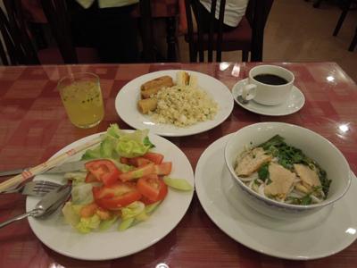 Du lịch Việt Nam 2012/Aug/18 Part1 朝食食べてお茶をして。出た!地元の女の子のおごり!
