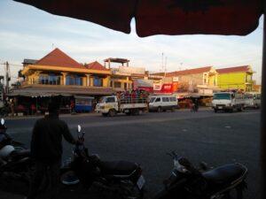 ビンヒエップ国境を越えてカンボジアへ